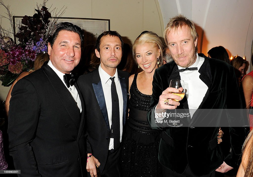 Giorgio Veroni, Dan Macmillan, Tamara Beckwith and Rhys Ifans attend the Place For Peace dinner co-hosted by Ella Krasner and Forest Whitaker to support the Peace Earth Foundation in association with Star Diamond at Banqueting House on November 10, 2012 in London, England.