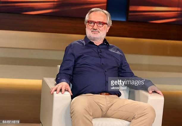 Giorgos Chondros in der ARDTalkshow ANNE WILL am in BerlinThema der Sendung Finale in Brüssel Letzter Akt im griechischen Drama