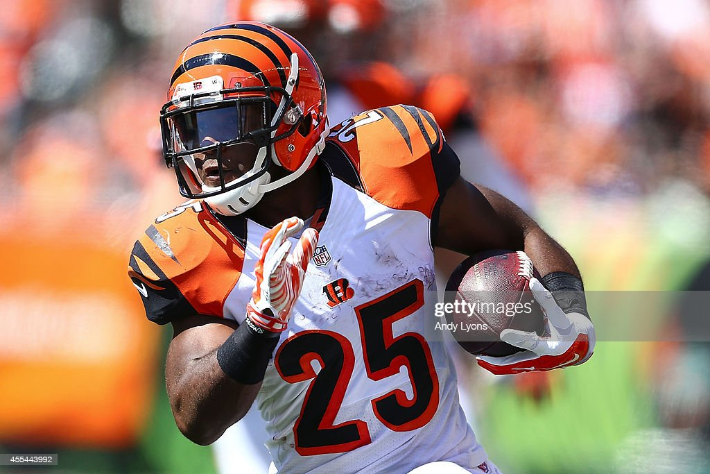 Giovani Bernard of the Cincinnati Bengals carries the ball during the second quarter against the Atlanta Falcons at Paul Brown Stadium on September...