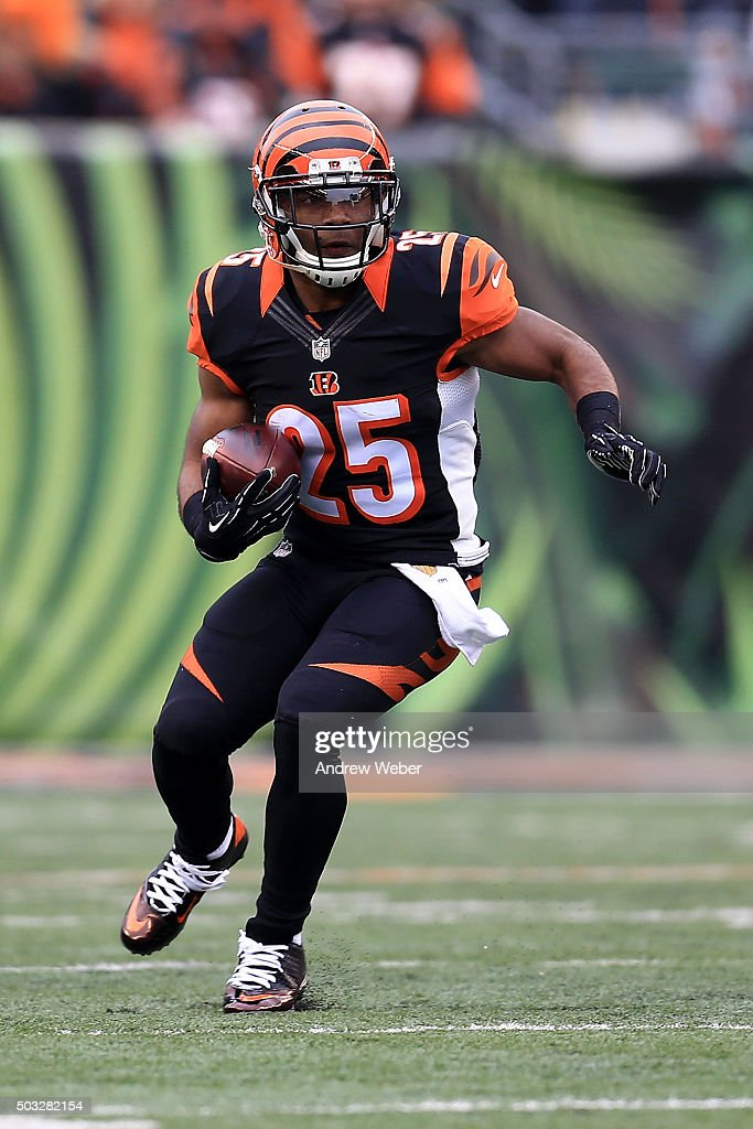 Giovani Bernard of the Cincinnati Bengals carries the ball during the first quarter of the game against the Baltimore Ravens at Paul Brown Stadium on...