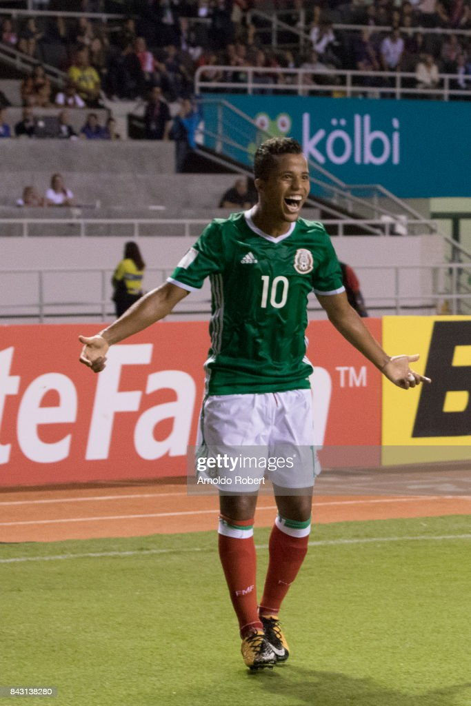 Giovani Dos Santos of Mexico celebrates his team's first goal during the match between Costa Rica and Mexico as part of the FIFA 2018 World Cup Qualifiers at Nacional de Costa Rica Stadium on September 05, 2017 in San Jose, Costa Rica.