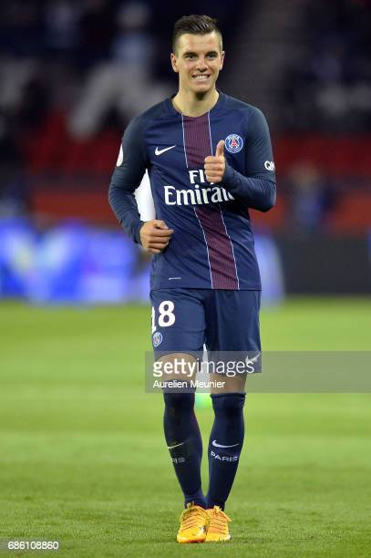 Giovani Lo Celso of Paris SaintGermain reacts during the Ligue 1 match between Paris SaintGermain and SM Caen at Parc des Princes on May 20 2017 in...