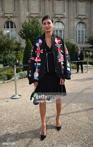 Giovanna Battaglia arrives at Gianbattista Valli during Paris Fashion Week Womenswear SS 2015 on September 29 2014 in Paris France