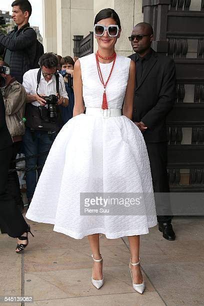 Giovanna Battaglia arrives at the Giorgio Armani Prive Haute Couture Fall/Winter 20162017 show as part of Paris Fashion Week on July 5 2016 in Paris...