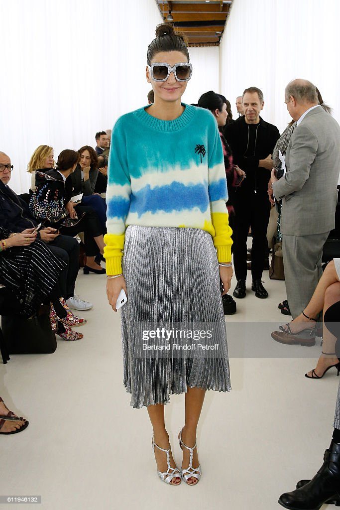 Giovanna Battaglia attends the Balenciaga show as part of the Paris Fashion Week Womenswear Spring/Summer 2017 on October 2, 2016 in Paris, France.
