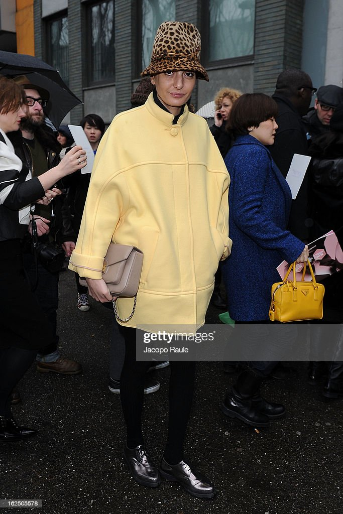 <a gi-track='captionPersonalityLinkClicked' href=/galleries/search?phrase=Giovanna+Battaglia&family=editorial&specificpeople=2215032 ng-click='$event.stopPropagation()'>Giovanna Battaglia</a> attends the Emporio Armani fashion show as part of Milan Fashion Week Womenswear Fall/Winter 2013/14 on February 24, 2014 in Milan, Italy.