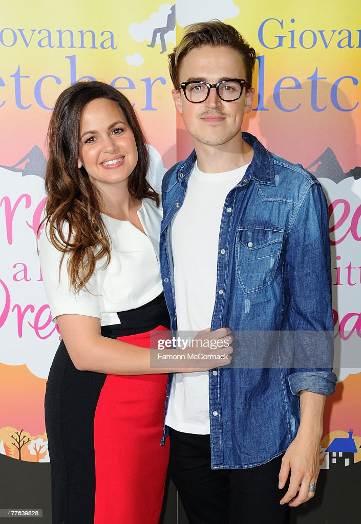 are marcus and naomi dating He is not currently dating anyone, a rumor is going around that hes with ashley tisdale marcus butler from youtube is 26 years old (born december 18,1991) share to:.