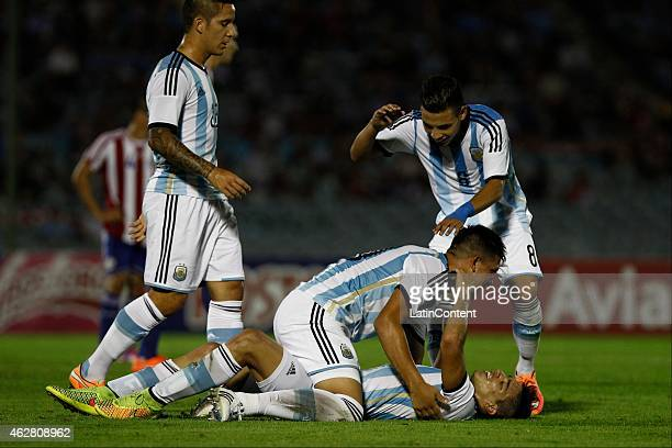 Giovanni Simeone of Argentina celebrates after scoring a goal during a match between Argentina and Paraguay as part of the fourth round of the second...