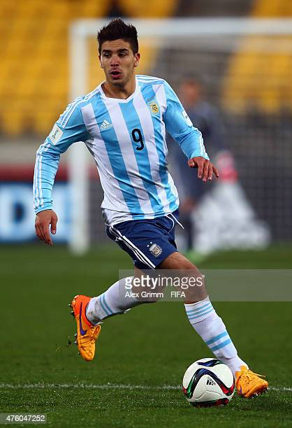Giovanni Simeone of Argentina controles the ball during the FIFA U20 World Cup New Zealand 2015 Group B match between Austria and Argentina at...