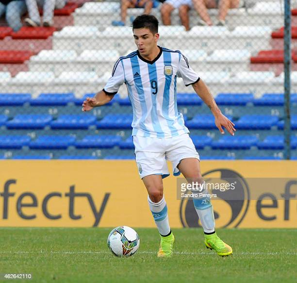 Giovanni Simeone of Argentina drives the ball during a match between Argentina and Brazil as part of South American U20 at Parque Central Stadium on...