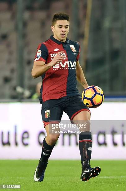 Giovanni Simeone of Genoa CFC in action during the Serie A match between SSC Napoli and Genoa CFC at Stadio San Paolo on February 10 2017 in Naples...