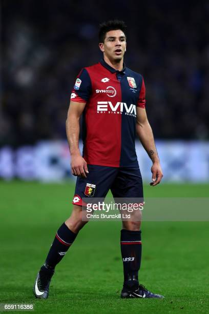Giovanni Simeone of Genoa CFC looks on during the Serie A match between Genoa CFC and UC Sampdoria at Stadio Luigi Ferraris on March 11 2017 in Genoa...