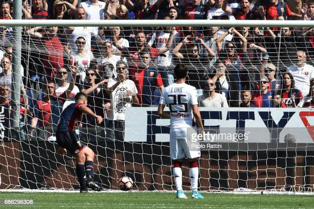 Giovanni Simeone of Genoa scores a goal 20 during the Serie A match between Genoa CFC and FC Torino at Stadio Luigi Ferraris on May 21 2017 in Genoa...