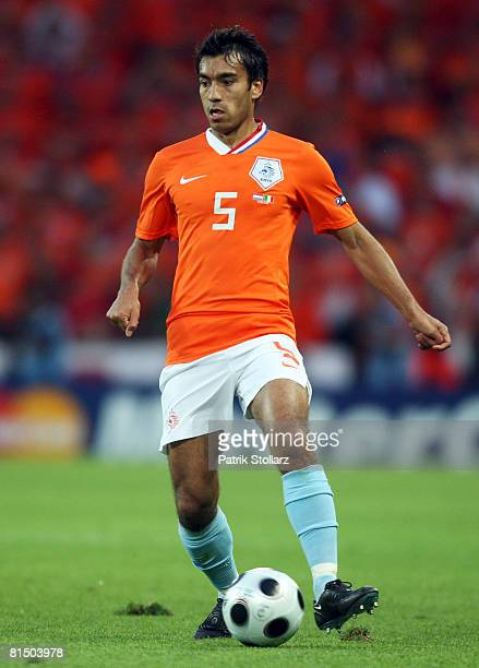 Giovanni van Bronckhorst of Netherlands in action during the Euro 2008 Group C match between Netherlands and Italy at Stade de Suisse Wankdorf on...