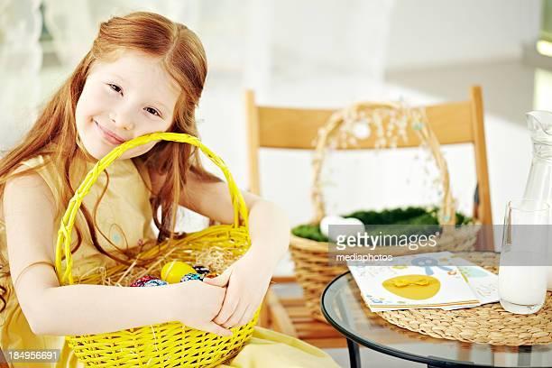 Mädchen in Ostern