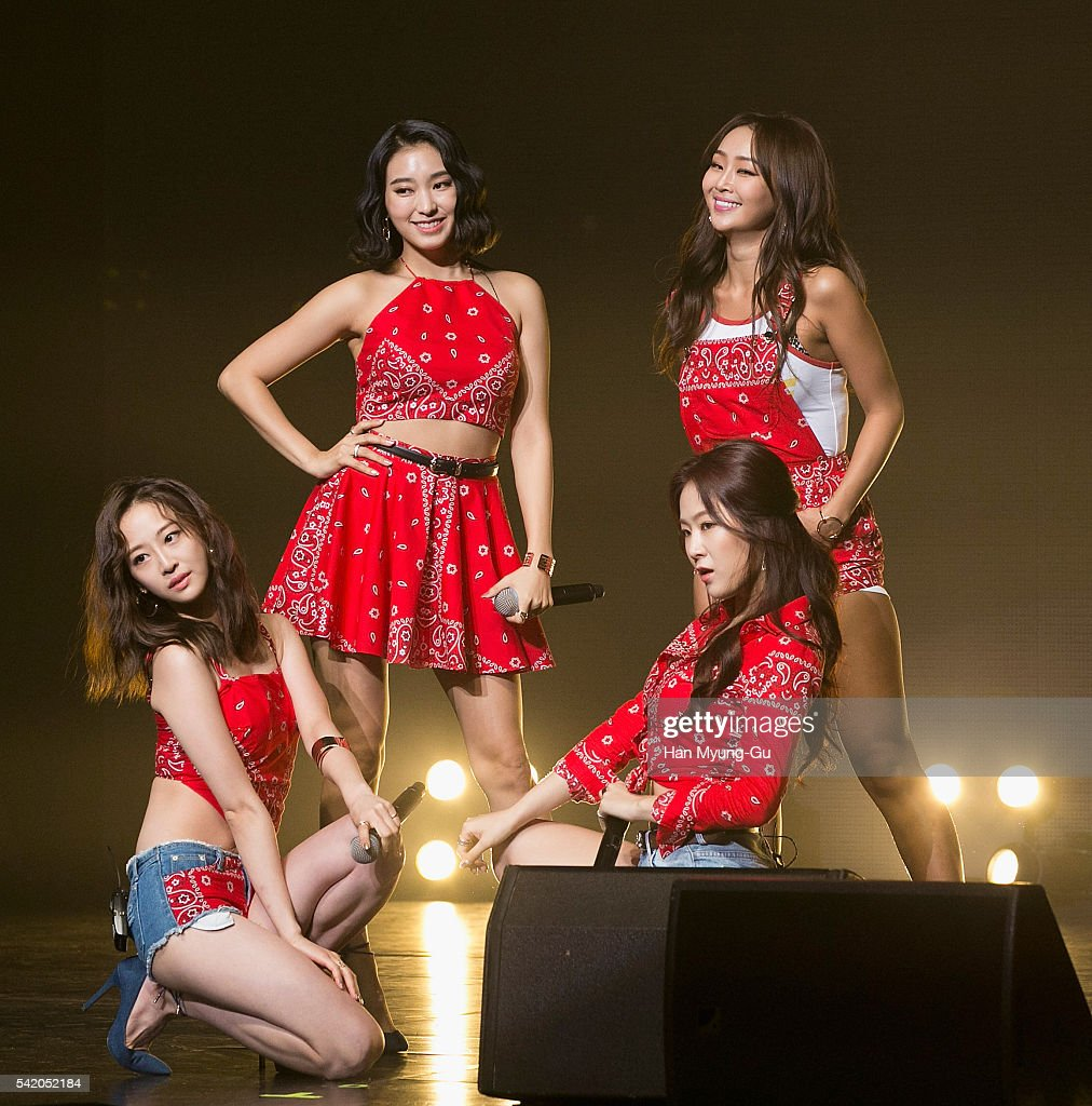Girl group SISTAR attends the '2016 SISTAR 4th MiniAlbum Comeback Showcase' In Seoul on June 21 2016 in Seoul South Korea