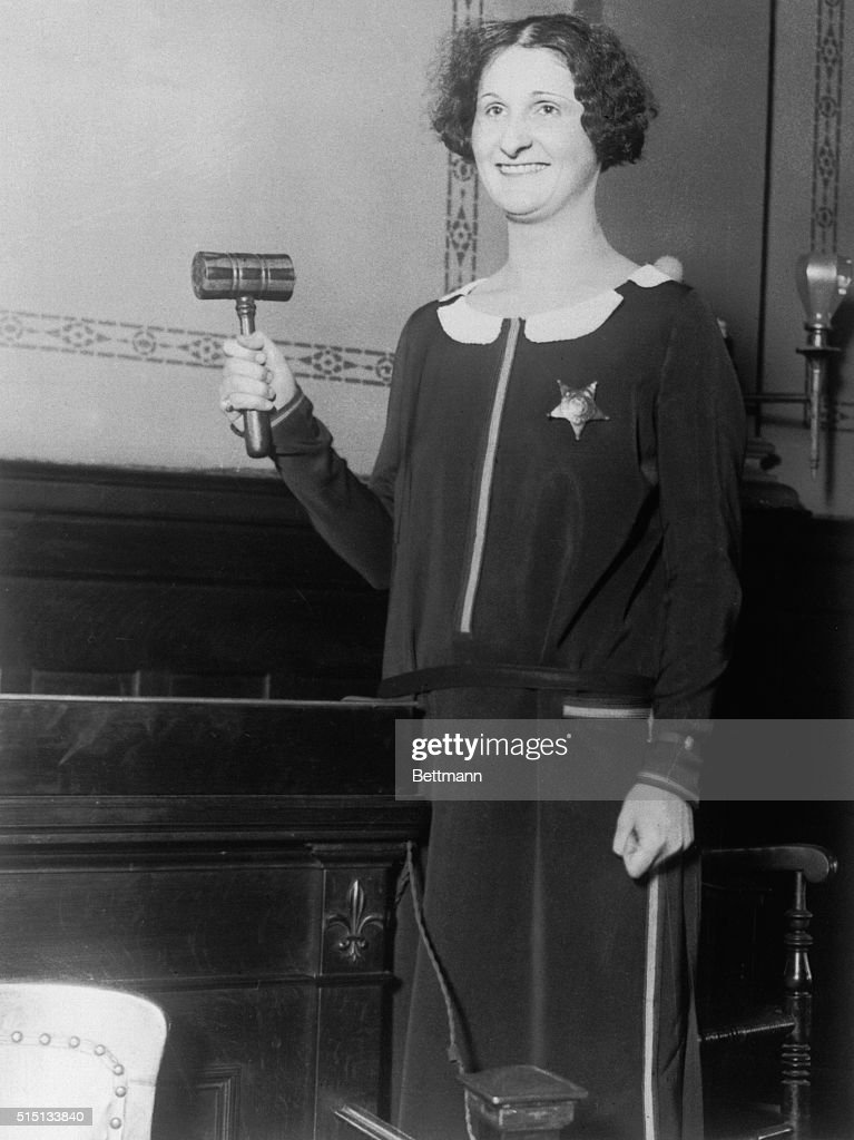 Girl in court bailiff at murder trial Chicago Above is pictured Miss Mell Finley who is Bailiff at the court at Noblesville Indiana where DC...