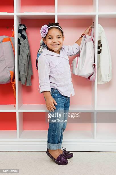 Umkleide kinder stock fotos und bilder getty images for Garderobe junge
