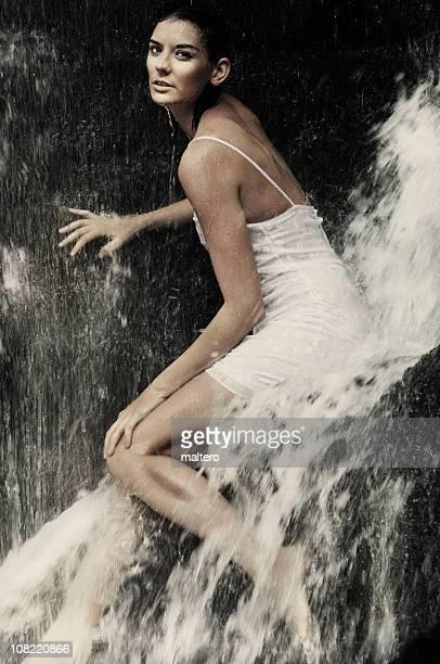 Girl の滝