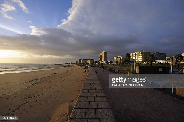 A girl jogs on the seaside promenade on May 12 in Port Elizabeth South Africa Port Elizabeth will be one of the host city for the 2010 Football World...