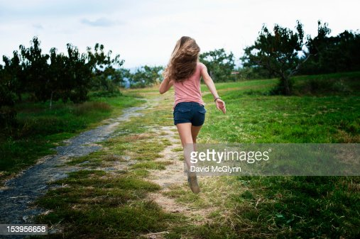 girl running away Why girls walk away  away when they like you | sasha daygame page and noticed you could have a lot more traffic i have found that the key to running a website.