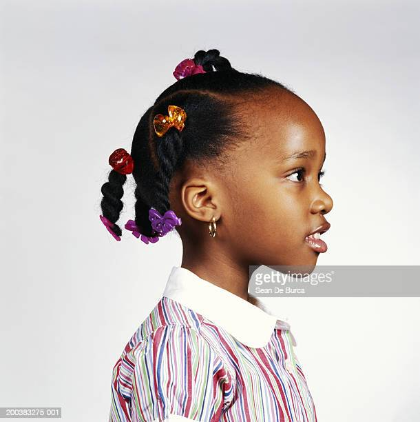 Girl (4-6), side view