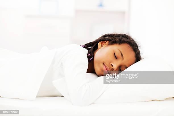 Mädchen schlafen.