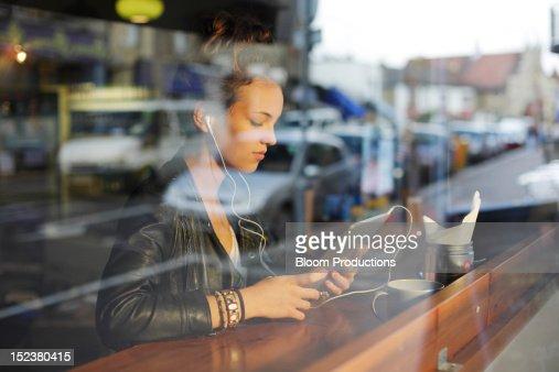 girl using technology : Stock Photo