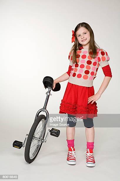 女の子と一輪車