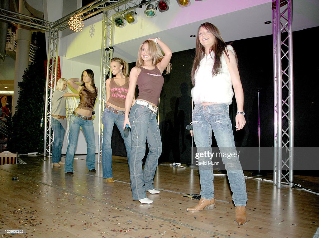 <a gi-track='captionPersonalityLinkClicked' href=/galleries/search?phrase=Girls+Aloud&family=editorial&specificpeople=212984 ng-click='$event.stopPropagation()'>Girls Aloud</a> during <a gi-track='captionPersonalityLinkClicked' href=/galleries/search?phrase=Girls+Aloud&family=editorial&specificpeople=212984 ng-click='$event.stopPropagation()'>Girls Aloud</a> Switch on the Christmas Lights at Trafford Centre at The Trafford Centre in Manchester, Great Britain.