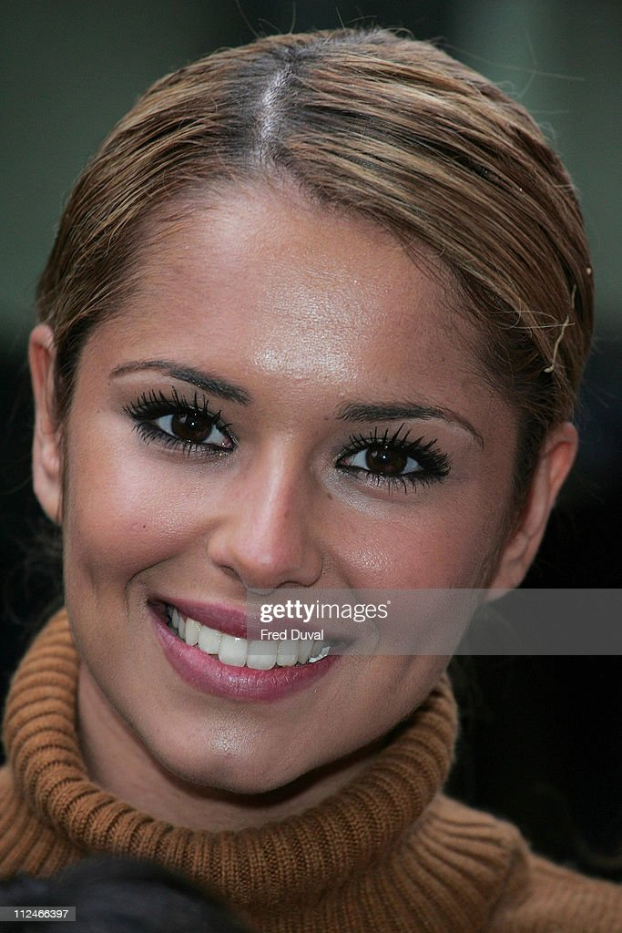 <a gi-track='captionPersonalityLinkClicked' href=/galleries/search?phrase=Girls+Aloud&family=editorial&specificpeople=212984 ng-click='$event.stopPropagation()'>Girls Aloud</a> singer Cheryl Tweedy during <a gi-track='captionPersonalityLinkClicked' href=/galleries/search?phrase=Girls+Aloud&family=editorial&specificpeople=212984 ng-click='$event.stopPropagation()'>Girls Aloud</a> Presents Variety Club's Sunshine Coach to Rockbourne Youth Club - March 11, 2006 at Grosvenor Park Hotel in London, Great Britain.