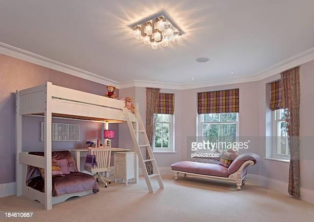 girl's bedroom in pink
