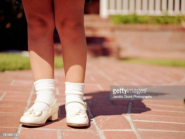 Girl's feet