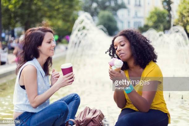 Mädchen im Stadtpark
