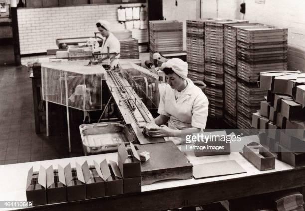 Girls packing Kit Kat Rowntree factory York Yorkshire 1956