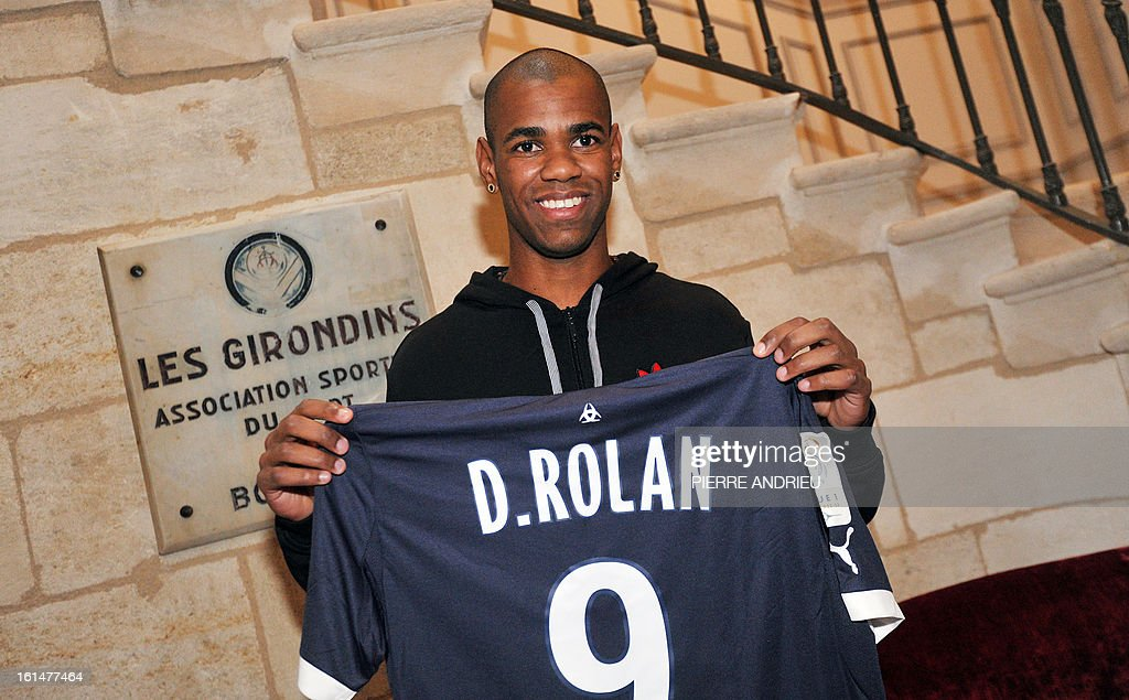 Girondins de Bordeaux L1 football club new forward Diego Rolan from Uruguay poses presenting his new jersey during a press conference on February 11, 2013 at le Haillan, outside Bordeaux.