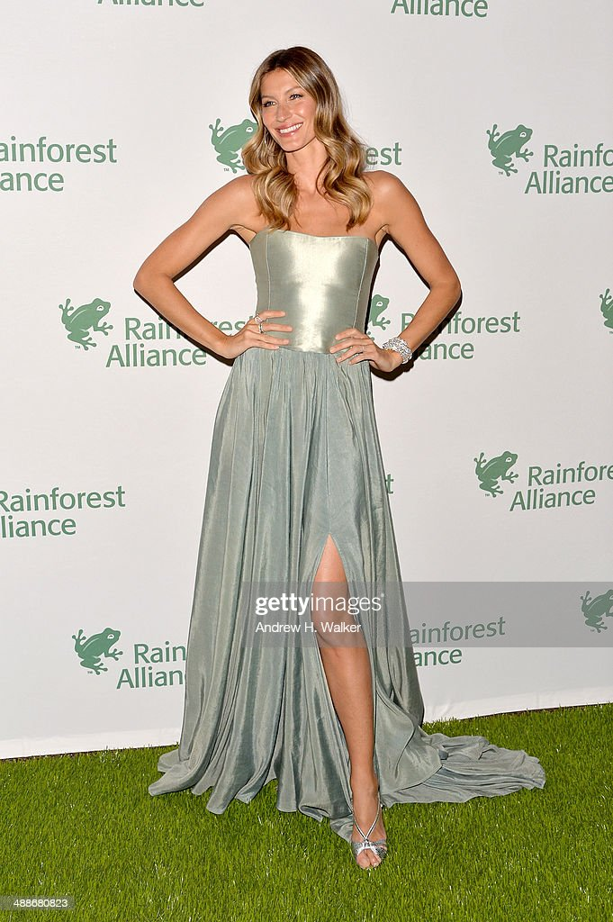 Gisele Bundchen attends the 2014 Rainforest Alliance Gala at American Museum of Natural History on May 7 2014 in New York City