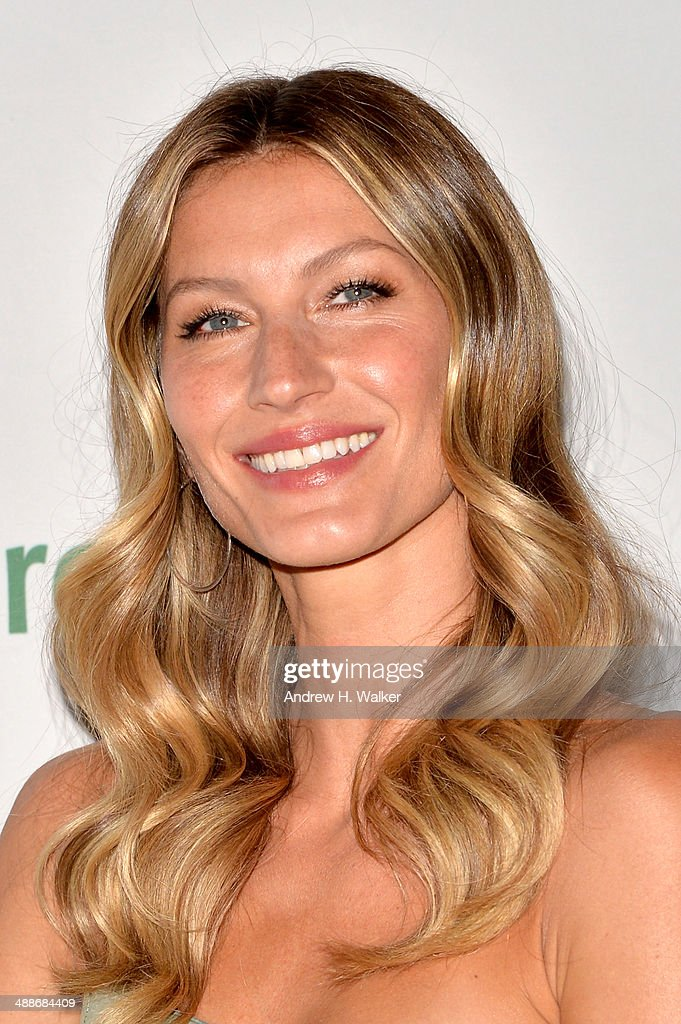Gisele Bundchen attends the 2014 Rainforest Alliance Gala>> at American Museum of Natural History on May 7, 2014 in New York City.