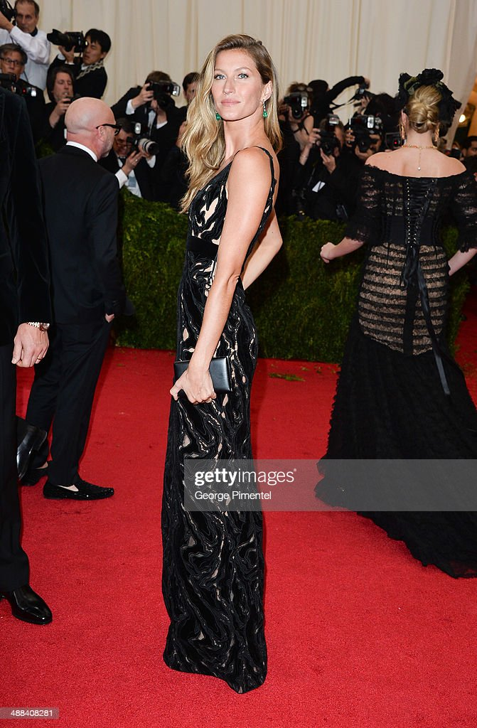 Gisele Bundchen attends the 'Charles James: Beyond Fashion' Costume Institute Gala at the Metropolitan Museum of Art on May 5, 2014 in New York City.