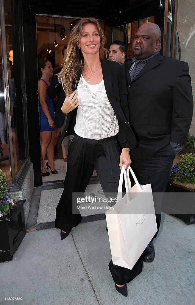Gisele Bundchen attends the Rag & Bone Boston boutique opening on Newbury Street on April 20, 2012 in Boston, Massachusetts.