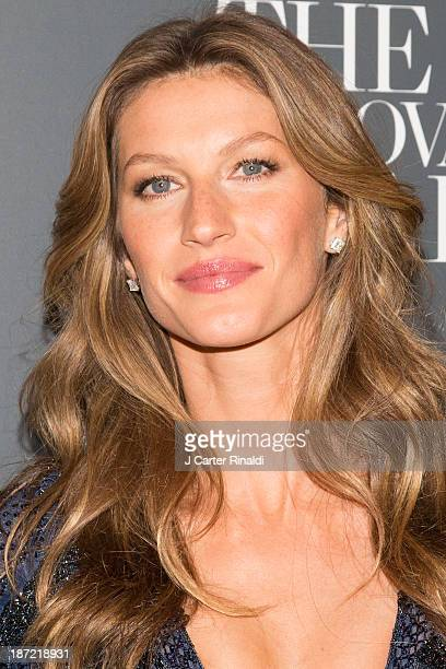 Gisele Bundchen attends the WSJ Magazine's 'Innovator Of The Year' Awards 2013 at The Museum of Modern Art on November 6 2013 in New York City