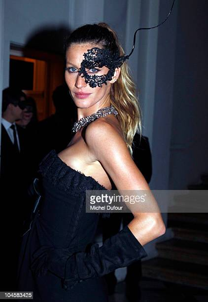 Gisele Bundchen attends Vogue 90th Anniversary Party as part of Ready to Wear Spring/Summer 2011 Paris Fashion Week at Hotel Pozzo di Borgo on...