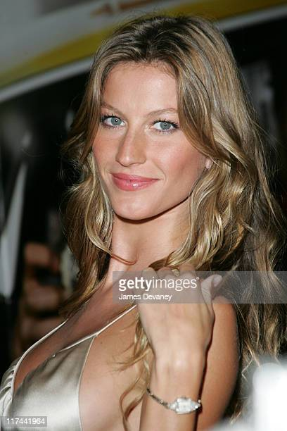 Gisele Bundchen during ''Taxi'' New York Premiere Arrivals at Jacob Javits Center in New York City New York United States