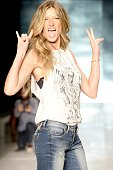 Gisele Bundchen in rehearsal at the runway during the Colcci show at Sao Paulo Fashion Week Summer 2014/2015 at Parque Candido Portinari on April 2...