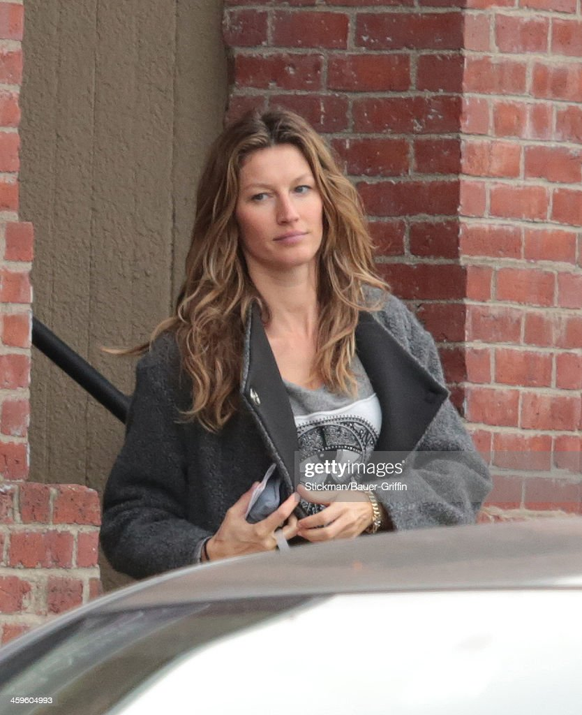 <a gi-track='captionPersonalityLinkClicked' href=/galleries/search?phrase=Gisele+Bundchen&family=editorial&specificpeople=201815 ng-click='$event.stopPropagation()'>Gisele Bundchen</a> is seen on December 28, 2013 in Boston, Massachusetts.