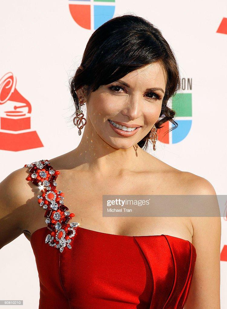 10th Annual Latin Grammy Awards - Arrivals