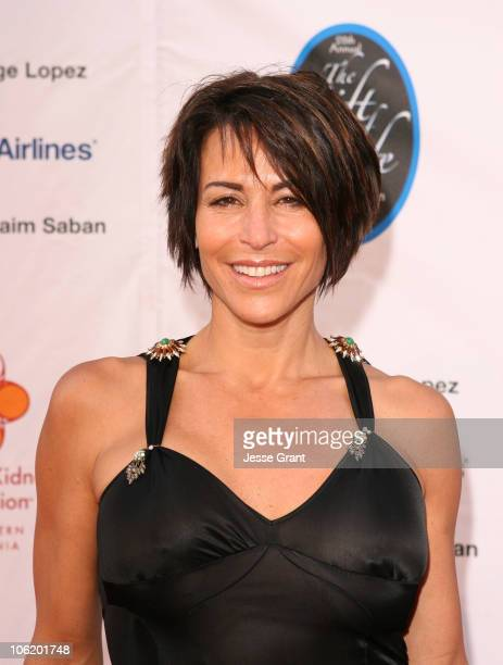 Giselle Fernandez during George Lopez Hosts National Kidney Foundation Gala Red Carpet in Los Angeles California United States
