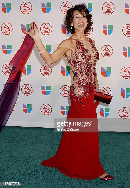 Giselle Fernandez during The 6th Annual Latin GRAMMY Awards Arrivals at Shrine Auditorium in Los Angeles CA United States