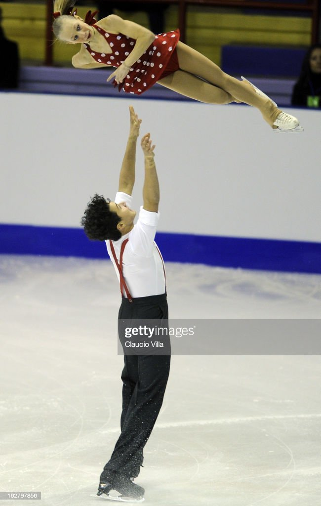 Giulia Foresti and Leo Luca Sforza of Italy skate in the Pairs Short Program during day 3 of the ISU World Junior Figure Skating Championships at Agora Arena on February 27, 2013 in Milan, Italy.