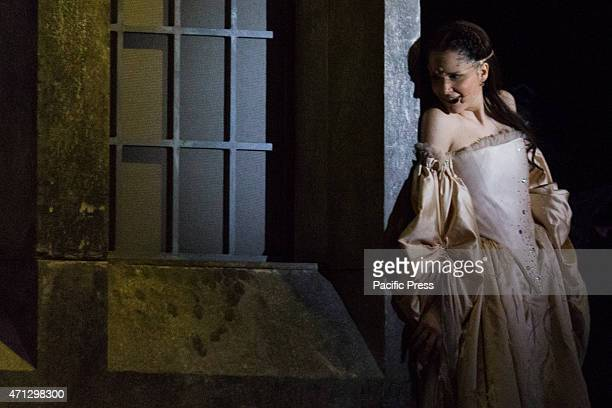 romeo and juliet the role And find homework help for other romeo and juliet questions at enotes  juliet  is a strong woman who helps move the action of the play along and creates the.